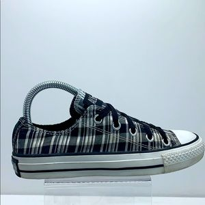 Women's Converse cloth patterned low tops
